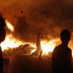 Israeli strikes push Gaza death toll near 900
